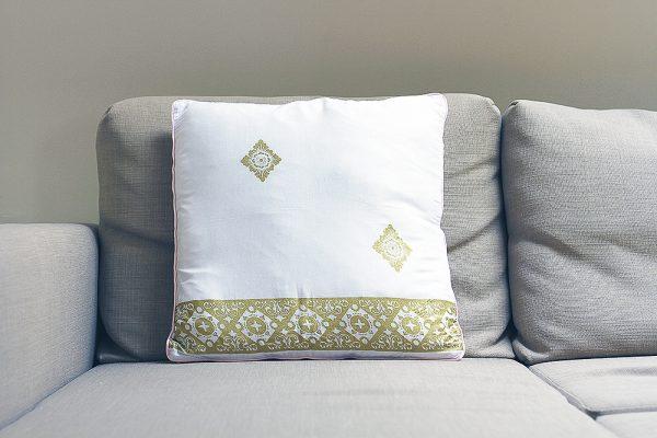 Sri cushion cover