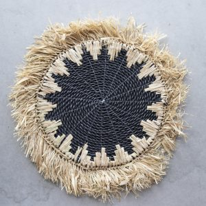 raffia placemat with macramé