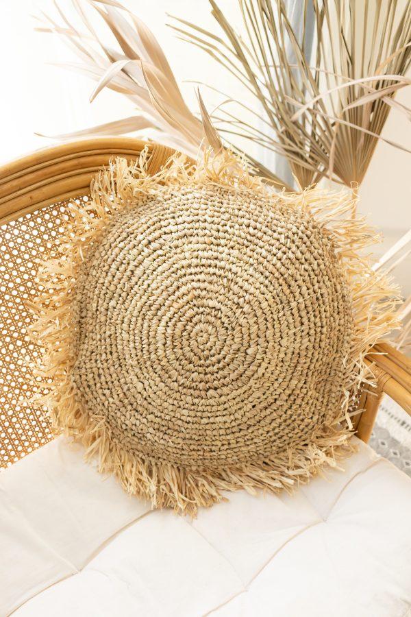 Raffia cushion cover with fringe - round