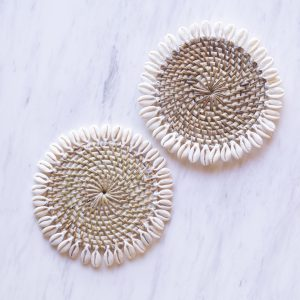 Kulon rattan coaster with cowrie shells