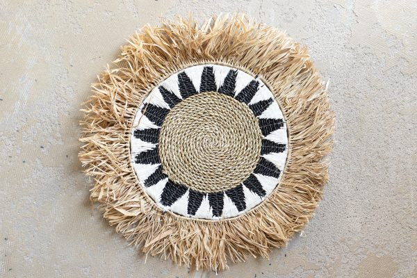 Raffia and seagrass placemat with macramé